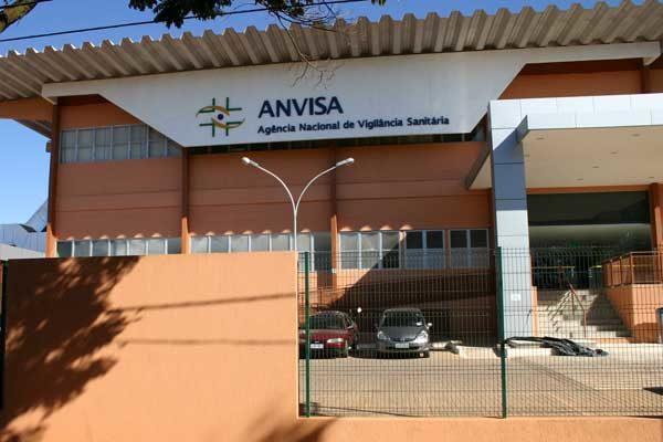 vacinação-contra-febre-amarela-para-viajantes-600x400 2019